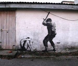 Graffiti-Simferopol-banksy-ukraine-crimee-18